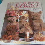FAVOURITE BEARS to make and treasure by Julia Jones HARDBACK BOOK